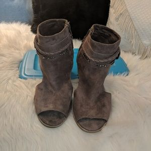 SO taupe shooties- Sale!